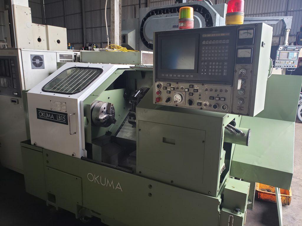 Máy tiện hiệu OKUMA LB15