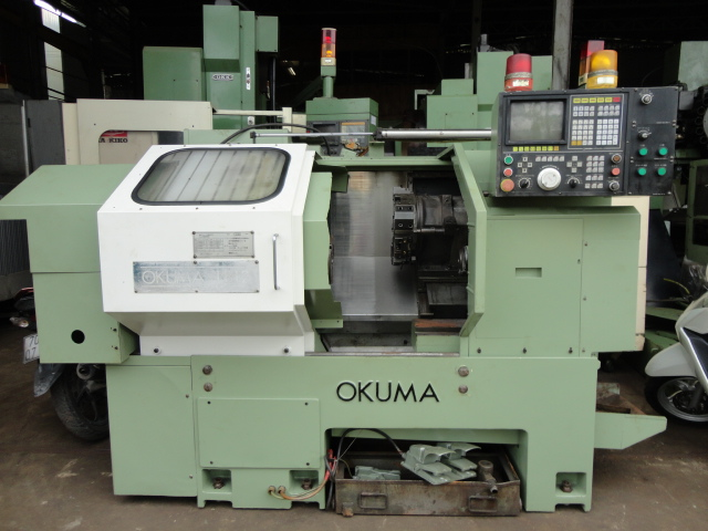 Máy tiện hiệu OKUMA LB12